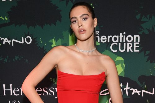 Amelia Hamlin explains why she got breast reduction surgery at 16