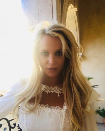 Britney Spears' doctors also want her father removed as her conservator