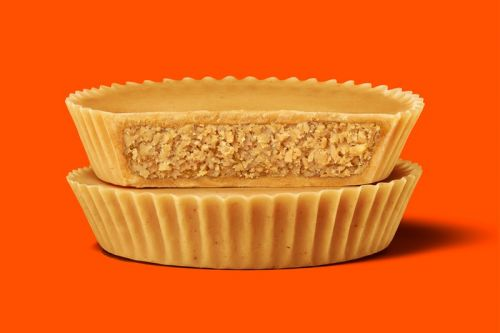 Reese's Ultimate Peanut Butter Lovers Cups Contain Absolutely No Chocolate