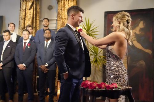 Clare Crawley's 'Bachelorette' Contestant Zach J Is a Successful Business Owner - Get to Know Him!