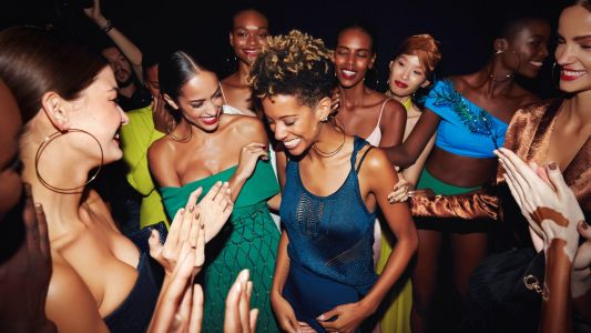 Carly Cushnie Announces Closure of Namesake Label