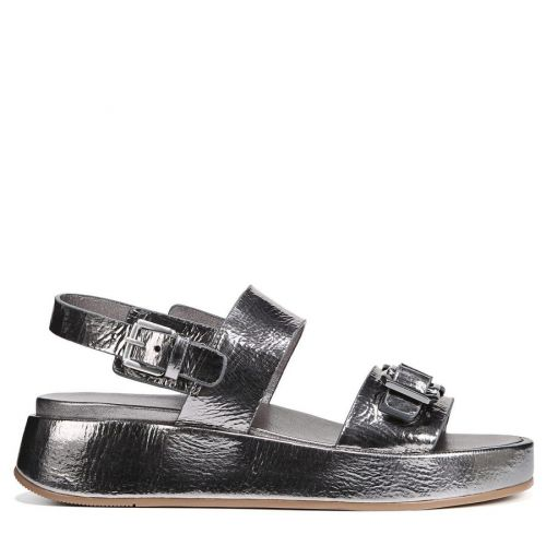 These Are The 6 Best Sandals For Summer 2021