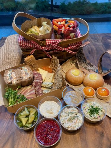 Aquavit New York Introduces New Gourmet Picnic Basket