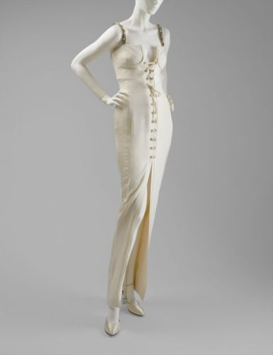 Evening DressGianni VersaceFall/Winter 1991-1992The MET