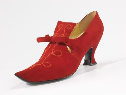 Shoes1954-1956Albanese The Osgood collection comprises 179