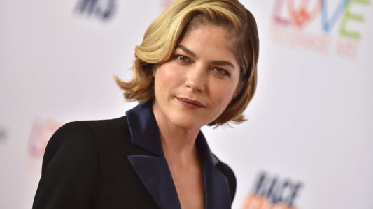 Must Read: Selma Blair Covers 'Town & Country,' The Yes Expands Plus-Size Offering