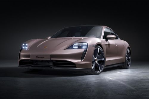 Porsche Introduces Its RWD Entry-Level Taycan