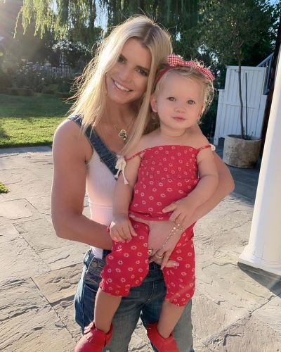 Unrecognizable! Jessica Simpson Flaunts Major Weight Loss Since Baby No. 3 With New Photo