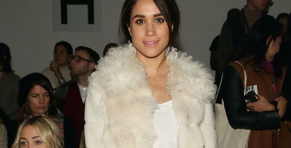 Great Outfits in Fashion History: Meghan Markle in a Repeat Furry, Cream-Colored Coat