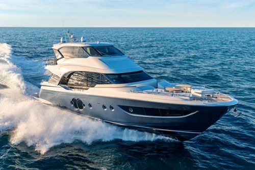 Asia Yachting hosts Asian Premiere of MCY 70 Skylounge
