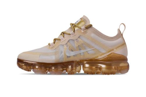 "Nike Air VaporMax 2019 Continues Its Festive Streak in ""White/Metallic Gold"""