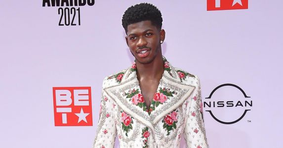"""Lil Nas X Fires Back At Haters Criticizing His Nude Prison Shower Scene In New """"Industry Baby"""" Music Video"""