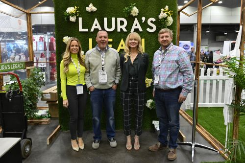 Jewel, Debbie Matenopoulos and More Attend Wellness Your Way Festival Day 2 in Cincinnati - See Photos!