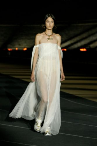 The best looks from the DIOR Cruise 2022 show