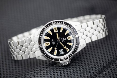 YEMA Channels the 1960s With Its Limited-Edition Superman Skin Diver Watch